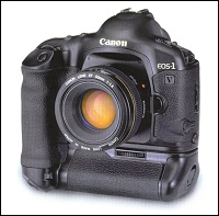 The EOS-1V equipped with the Power Drive Booster PB-E2